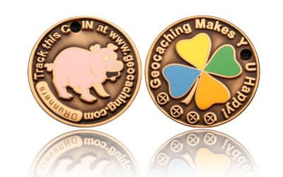 Happy Caching - Pig Geocoin Antik Gold