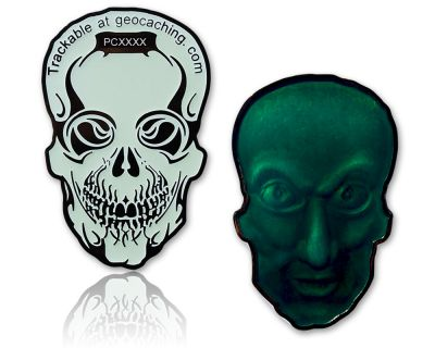 Ripper Bones Geocoin Black Nickel / Glow