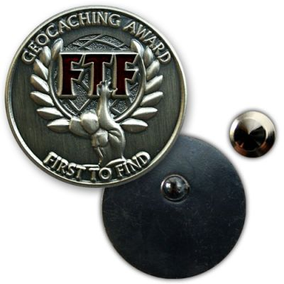 Geocaching Award FTF Anstecker Silber