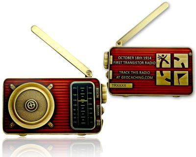 Radio Geocoin (ausklappbare Antenne) Antik Gold