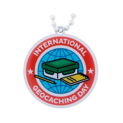 2016 International Geocaching Day - Travel Tag