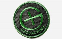 Round Geocaching Patch BLACK