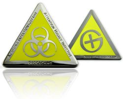 Highly Infective Geocoin Poliertes Silber GELB