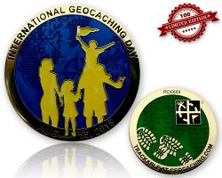 Int. Geocaching Day Geocoin 2015 Blue Glow LE 100