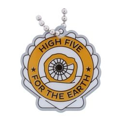 Geocaching Road Trip '15 Travel Tag: High Five For The Earth