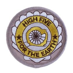 Geocaching Road Trip '15 Patch: High-Five for The Earth